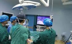 普通外科完成全市首例全腹腔镜胃大部切除术+胃旁路术