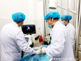 毕节市第一人民医院肾病风湿血液内科成功完成一例超声引导下右肾下极皮髓质穿刺活检术
